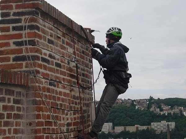 Statické zajištění budov